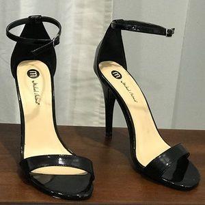 Michael Antonio genuine leather black heel sz 8.5